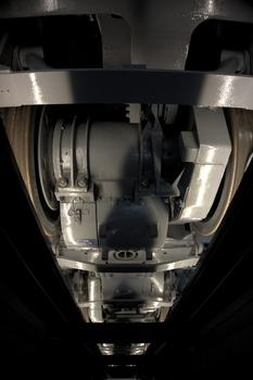 EF66_35_underfloor.jpg